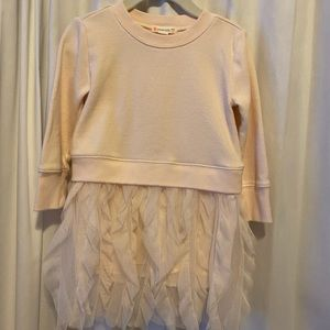 Sweatshirt / tulle dress!
